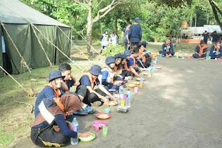 ounbond kegiatan pra kuliah PSPP Yogyakarta waktunya makan