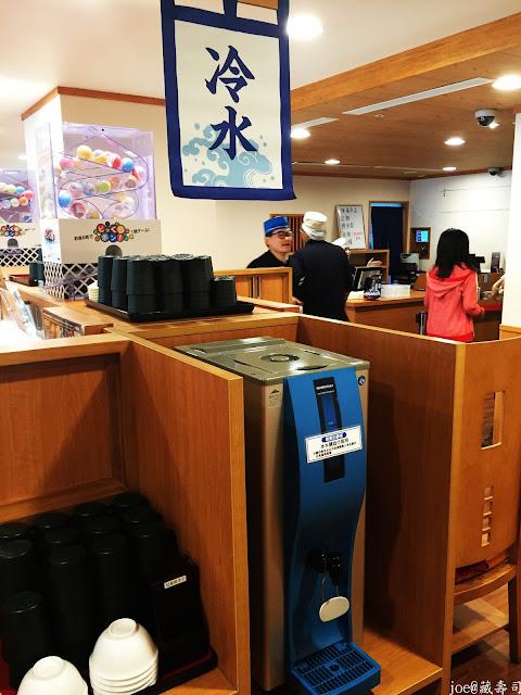 IMG 4022 - 【台中美食】來自日本的『藏壽司』讓你不只是單調的吃迴轉壽司,吃完還能玩遊戲喔! @迴轉壽司@日本連鎖@握壽司@日本道地