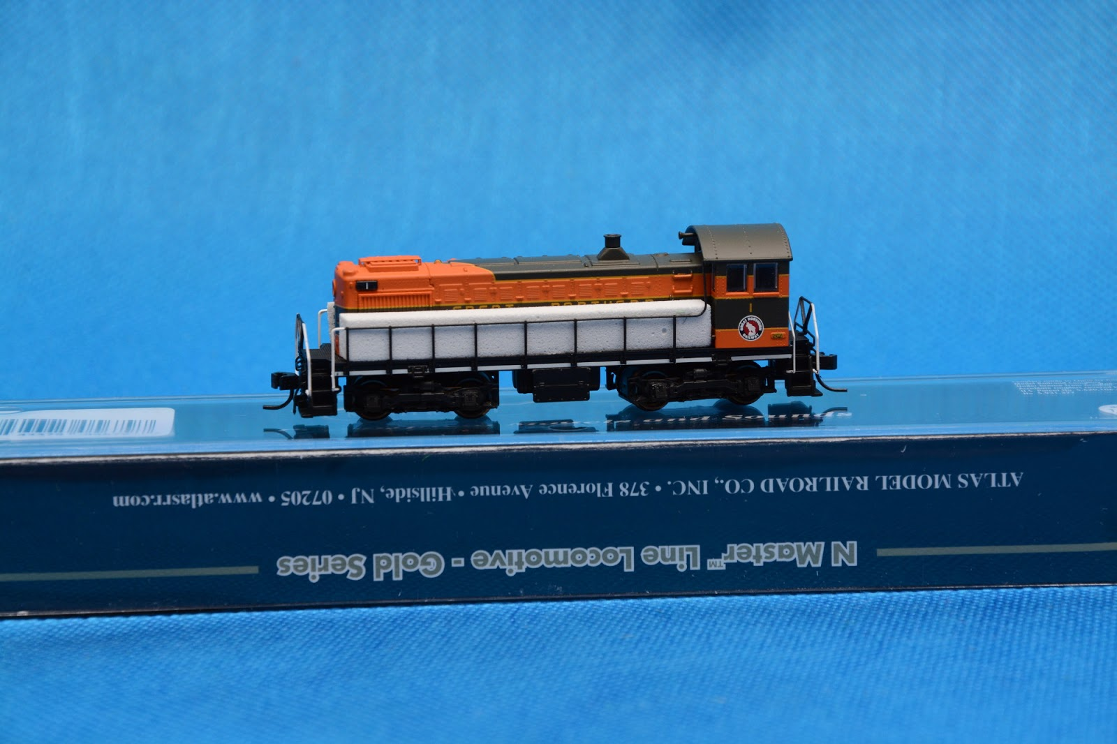 My Miniature Worlds: Atlas 40000721, N-Scale Alco S2 diesel