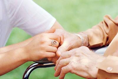 Cuidadores de idosos no Japão