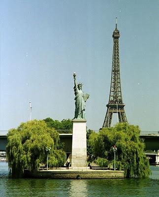 Réplica de la Estatua de la Libertad