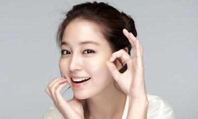 Lee Min Jung Artis Korea Selatan Paling Cantik dan Populer di Dunia