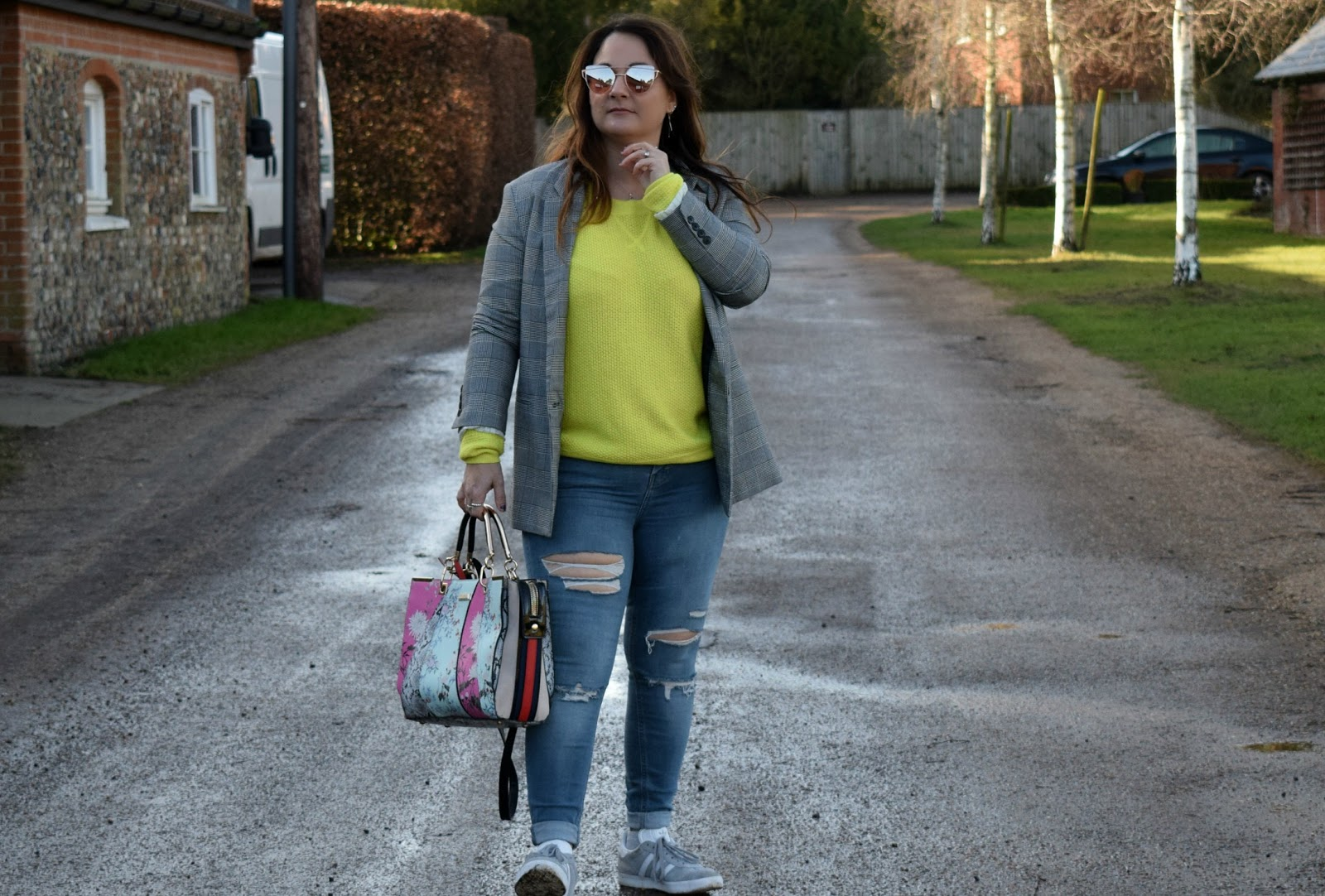 Yellow jumper outfit
