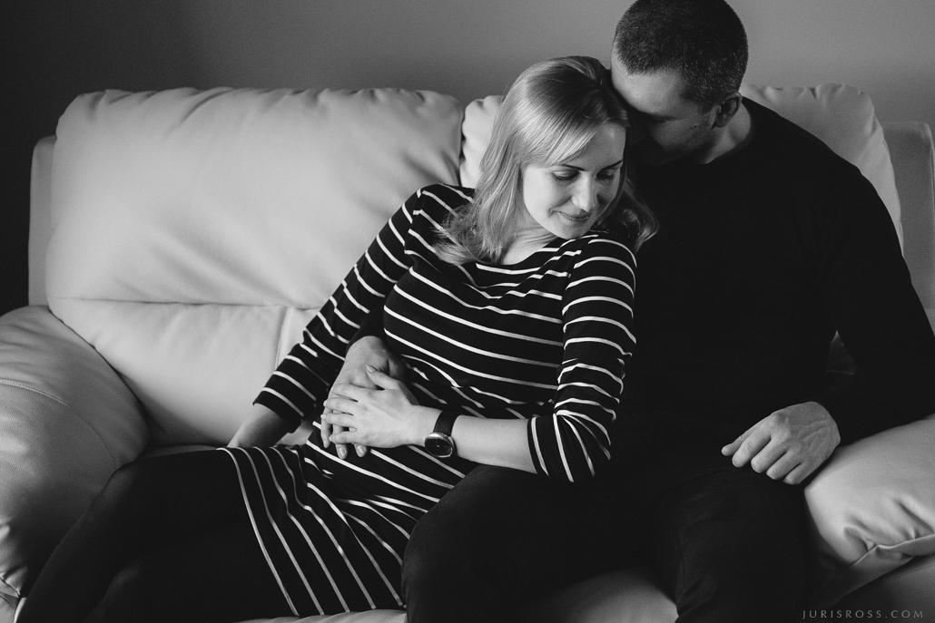 grūtniecības dokumentāla fotosesija