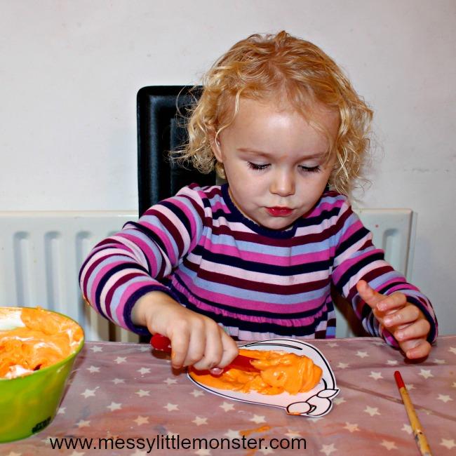 pumpkin craft using a homemade puffy paint recipe