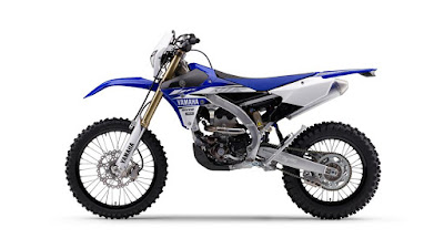 2017-Yamaha-WR250F-EU-Racing-Blue-Studio-006