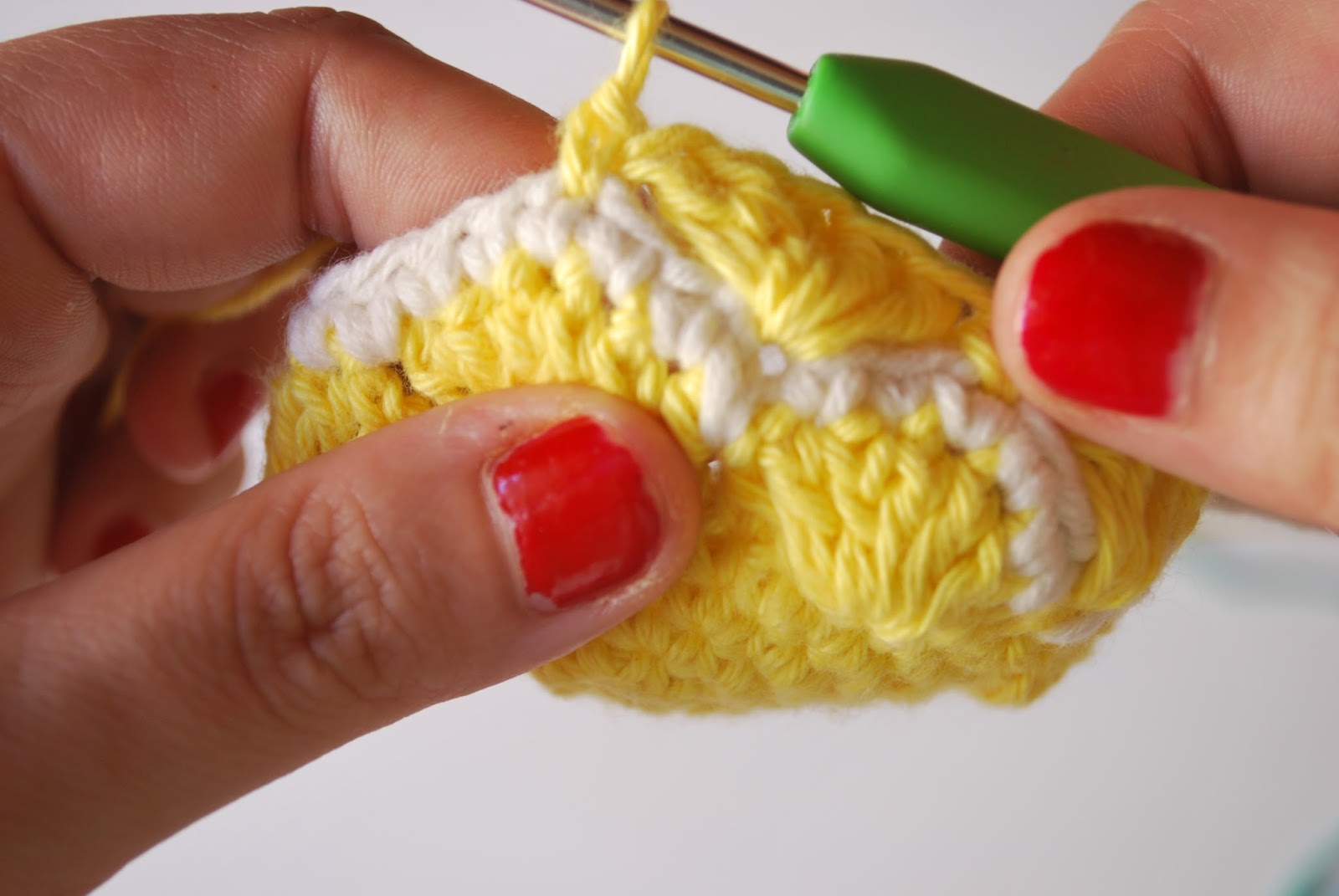 Encantador Patrón Superior Crochet Piña Elaboración - Manta de Tejer ...