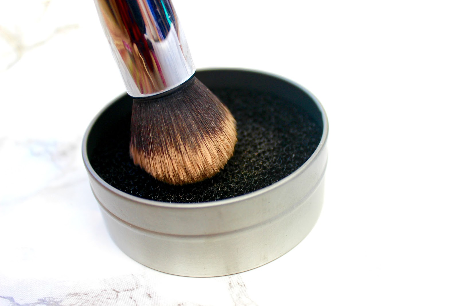makeup brush remover