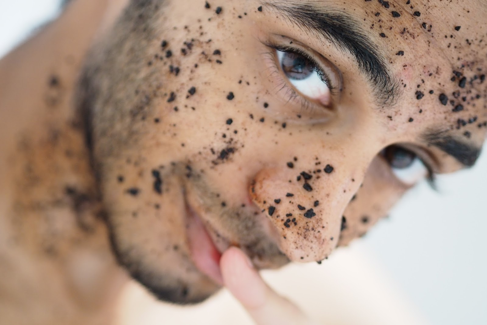 Salman Dean Coffee Scrub DIY