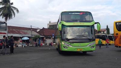 Gambar Bus Gunung Harta New Setra Jetbus 2 SHD Karoseri Adi PUtro -Rute Malang Denpasar PP- Youtube