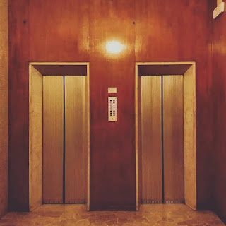 Pemeliharaan Kebersihan Lobi, Lift Dan Tangga Kebakaran