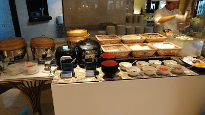 Pavilion Restaurant breakfast, Dusit Thani Bangkok