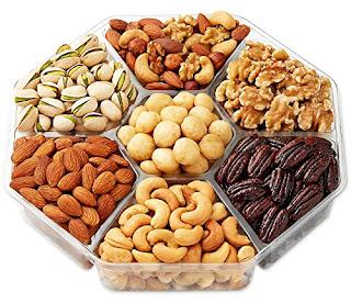 nuts improve eyesight