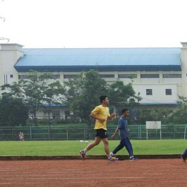 Lari.jpg