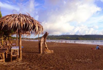 Panorama Wisata Pantai Pangandaran Jawa Barat