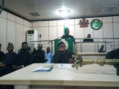 8 APC Lawmakers Backed By Police Take Over Benue Assembly, To Impeach Gov. Ortom