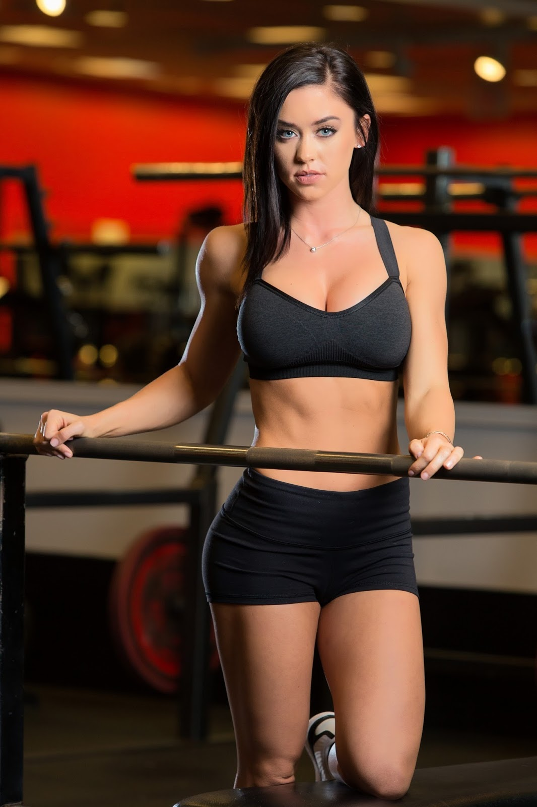 Wives And Girlfriends Sport Beauties Fitness Girl Katy