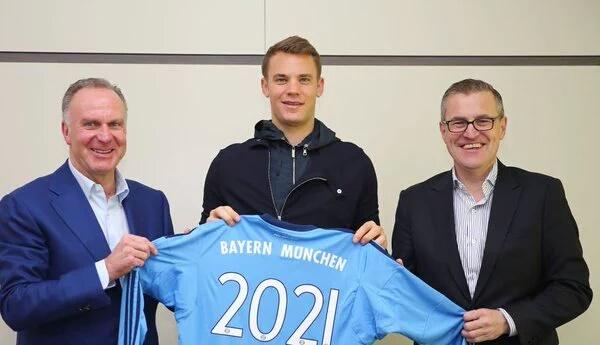 Bayern de Munique anuncia renovação com Manuel Neuer até 2021