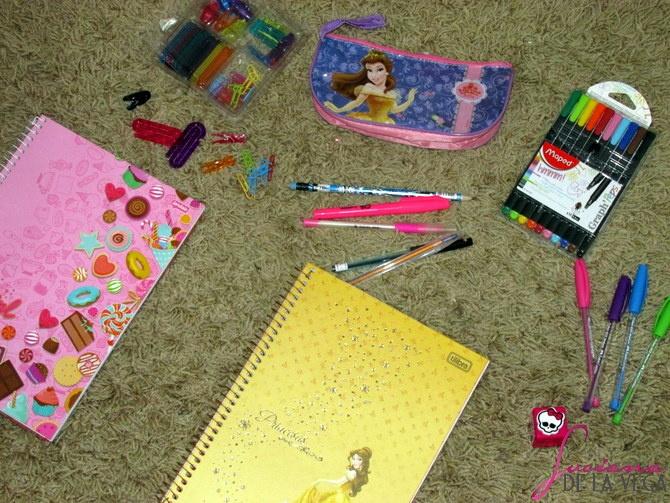 Material Escolar Princesas Disney Bela e a Fera canetas coloridas coisas fofas