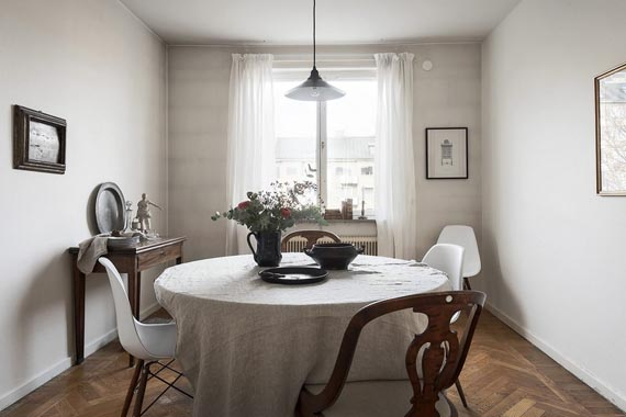 mismatched chairs, dining room