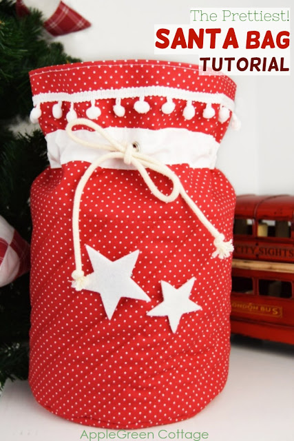 Santa bag - the cutest Santa sack you've ever made! Sew your diy Santa bags using this tutorial - and make your Christmas gifts even better looking!