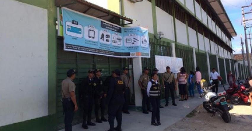 Más de 6 mil postulantes rindieron examen de nombramiento docente en Iquitos