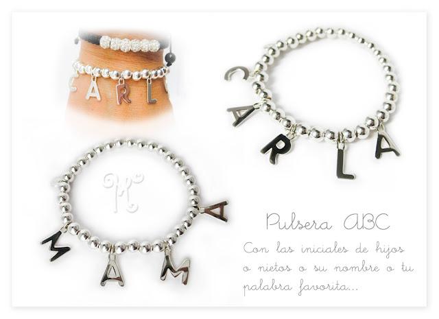 4f75fbd31d03 Mokka Joyas Personalizadas  Nueva pulsera ABC con charms de letras.