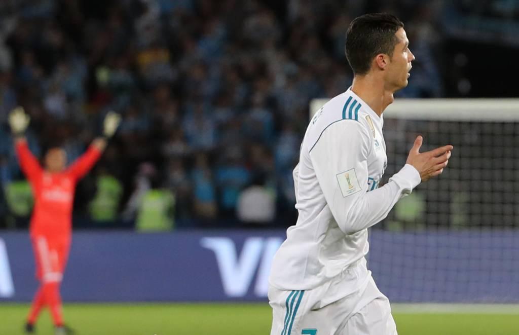 Cristiano Ronaldo marcou o único gol da partida realizada na tarde deste  sábado (16) horário do Brasil 02f2518f5b438