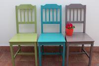 Da vecchie sedie a sedie colorate