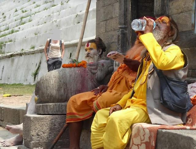 sadhu a pashupatinath