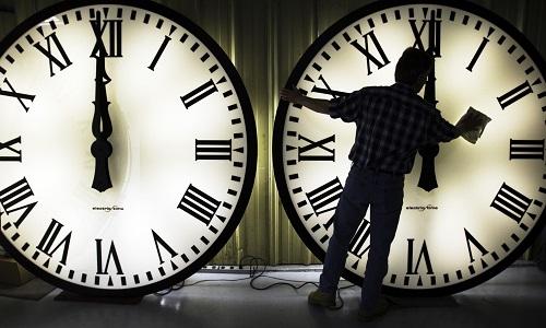 Saatler Neden İleri ve Geri Alınıyor?
