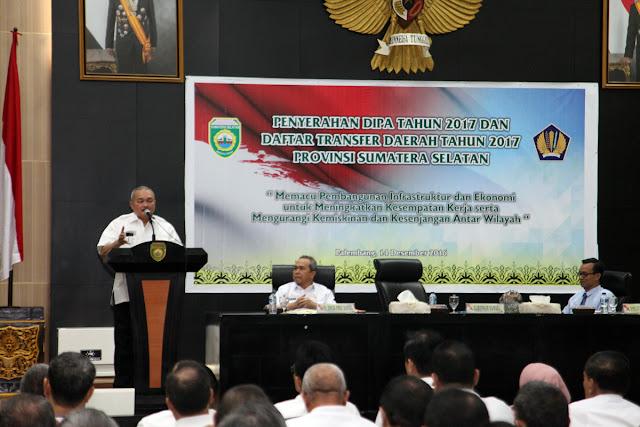 Gubernur Sumsel Serahkan DIPA 2017
