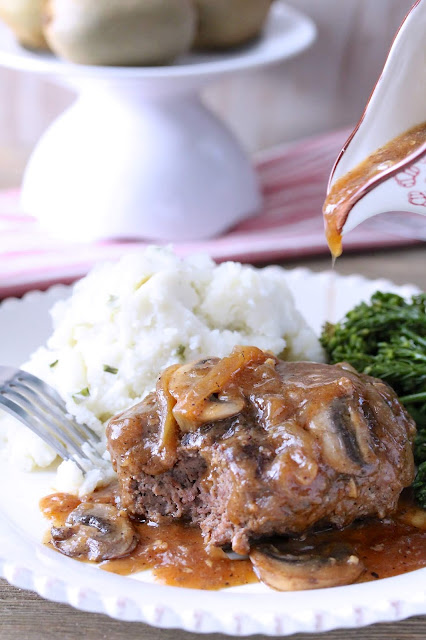 Beer-Braised Salisbury Steak
