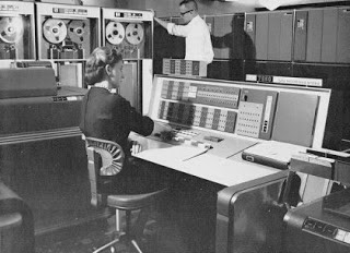 teknologi komputer generasi kedua