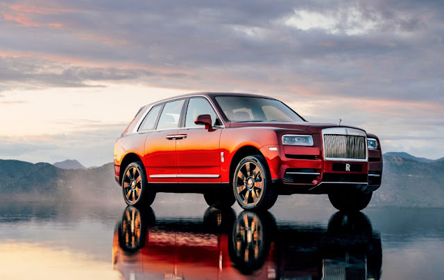 SUV Rolls-Royce Cullinan Is the Most Practical of Rolls-Royces