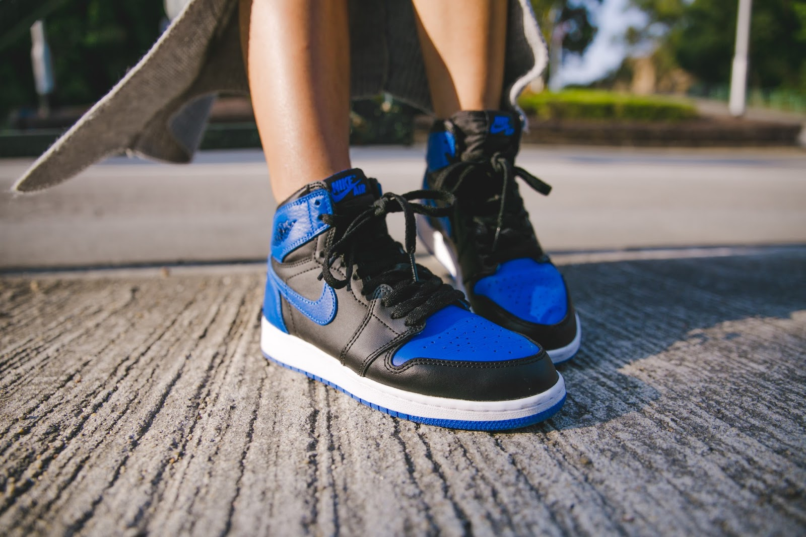 macau fashion blogger wearing air jordan royal blue