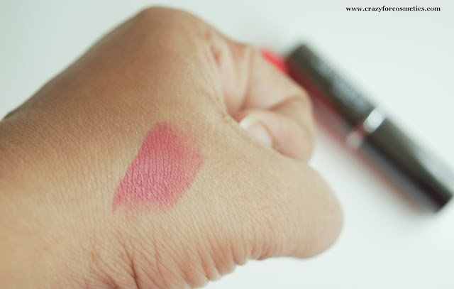 Lakme Absolute Creme lipstick Sheer Berry Swatches