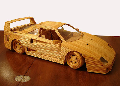 modello di di ferrari fatta con stuzzicadenti di marco pini