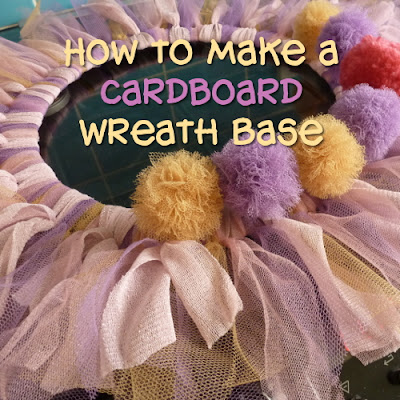 Make a DIY cardboard wreath base