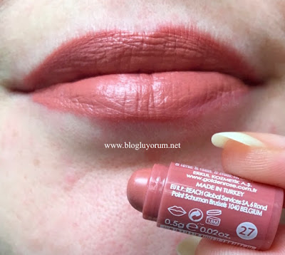 Golden Rose Velvet Matte 27 Swatch