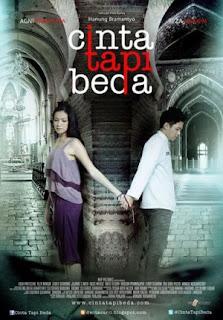Download Film Cinta Tapi Beda (2012)