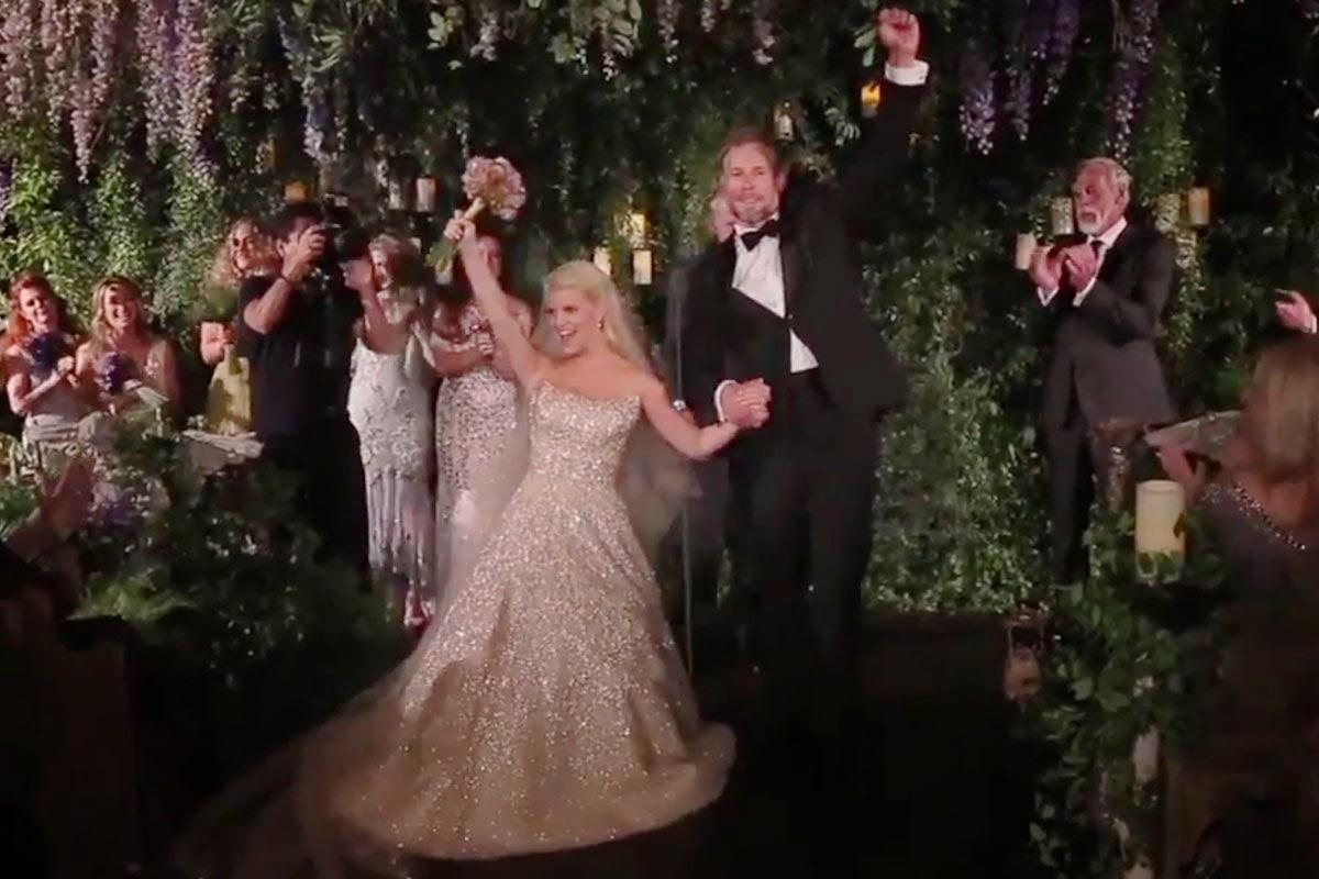 Fly Me to the Moon 2014 Celebrity Weddings Recap