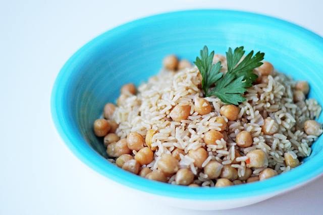 Ρεβύθια με Καστανό Ρύζι