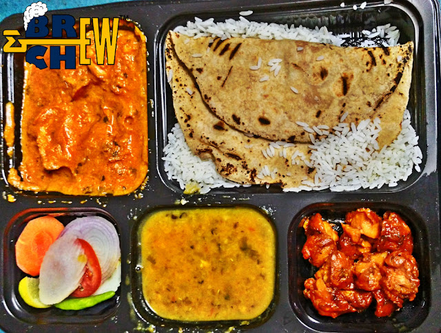 Chicken Meal - Raw Vegetables, 1 chapati, rice, dal, chicken tikka masala & chicken fry | Cookaroo Review