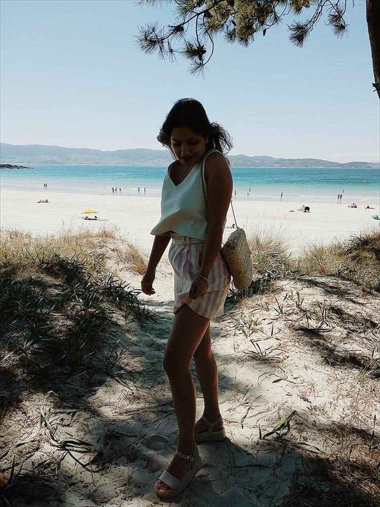 outfit verano shorts de rayas rosas
