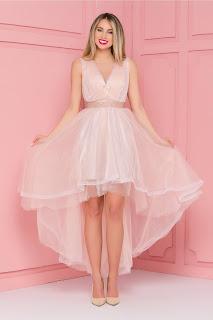 Rochie de seara roz prafuit din tull cu pliuri la bust si cordon in talie