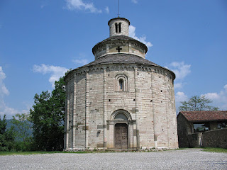The Rotonda di San Tomè at Almenno San Bartlomeo is a fine example of Romanesque architecture
