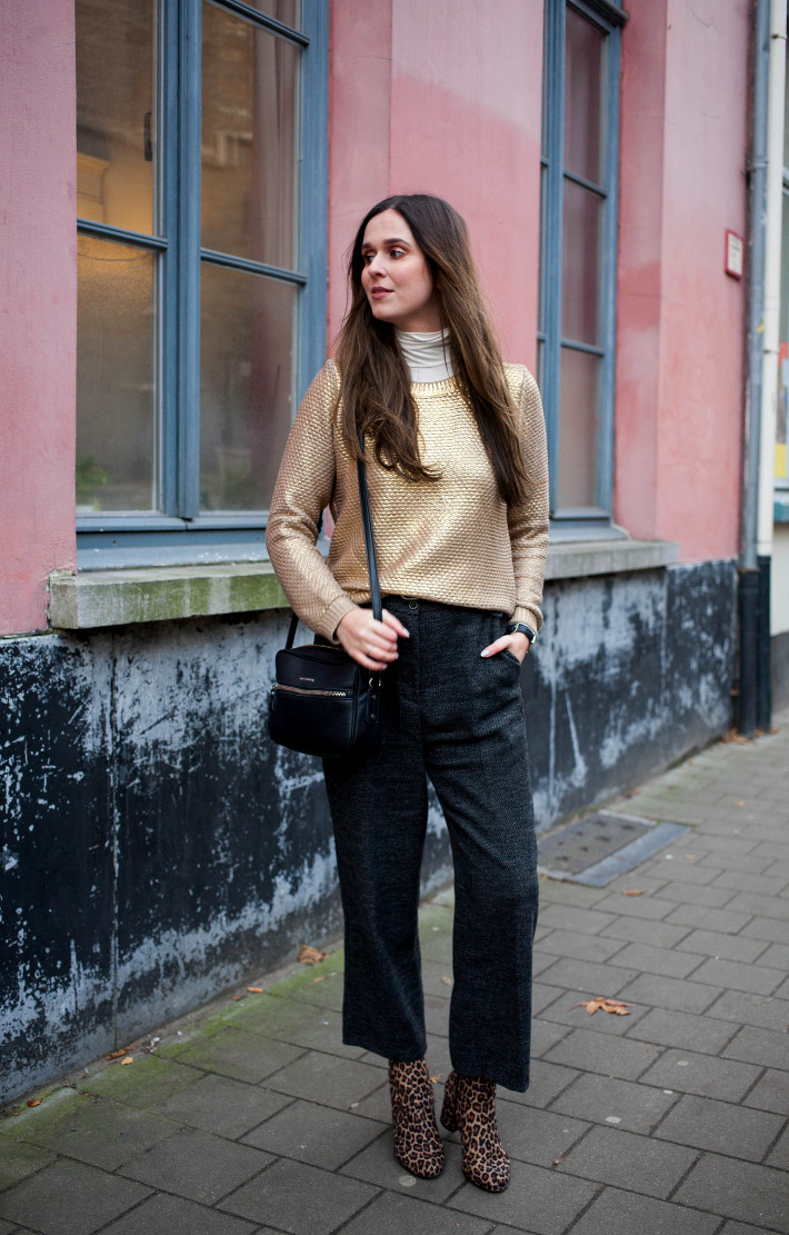 Outfit: cropped tweed trousers, leopard boots