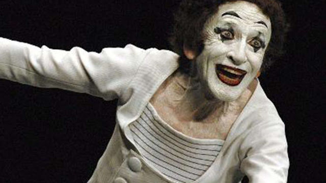 Marcel Marceau, seorang aktor pantomim - teraSeni