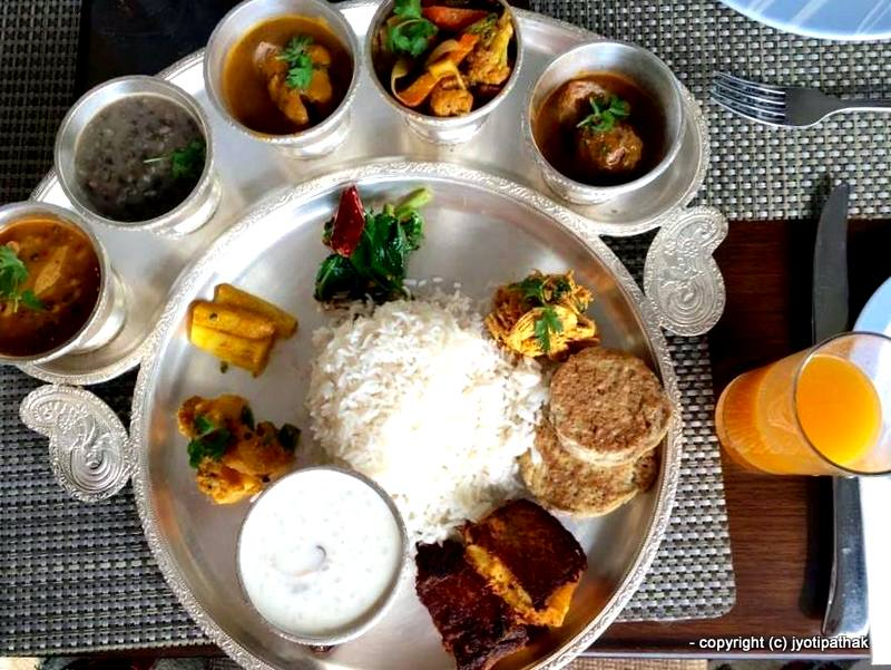 Taste of nepal top 18 foods to try in nepal for Cuisine of nepal